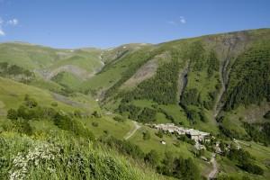 Besse et le plateau d'Emparis. Photo Laurent Salino